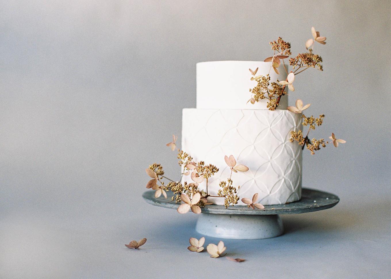 Blueberries Decoration Wedding Cake